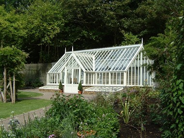 traditional-greenhouse-597.jpg