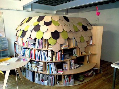 bookshelf-room.jpg
