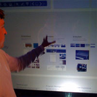 microsoft demos multi-touch technology