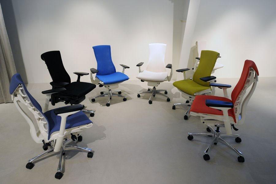 stumpf weber embody chair design