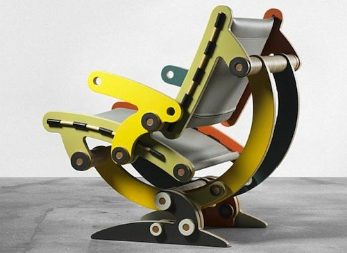 The SYNERGISTIC SYNTHESIS XVII sub b1 chair by Kenneth Smythe