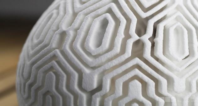 patterned-vase-macro