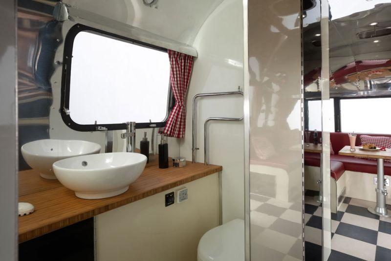 American Retro Caravans: A Refresh on Vintage Airstream Design