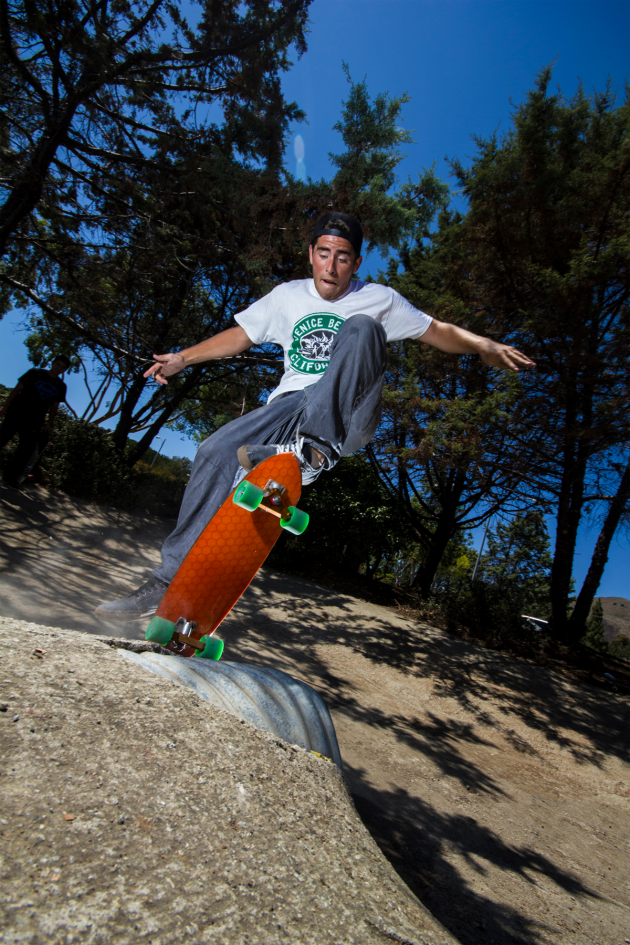 hydroflex-skateboards-action-shot-02