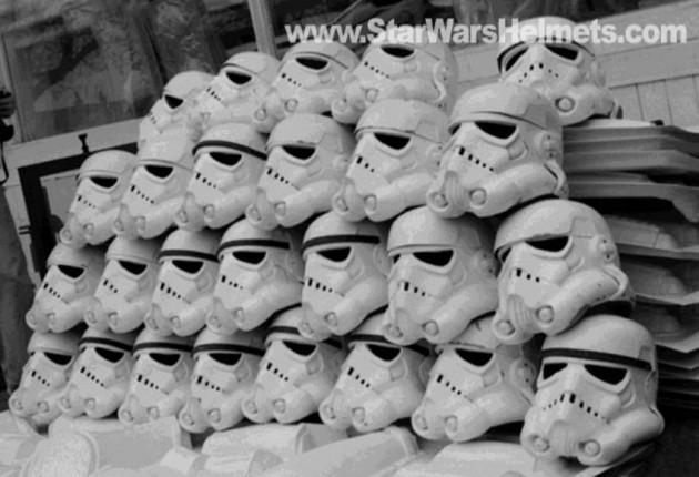 original-stormtrooper-helmets-in-street-1976