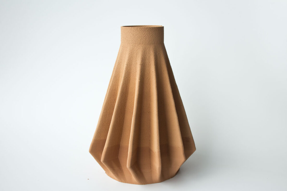 3d-printed-ceramic-vase-1