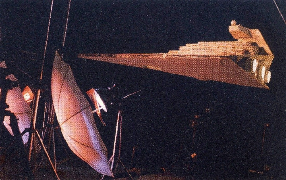 STAR DESTROYER 1