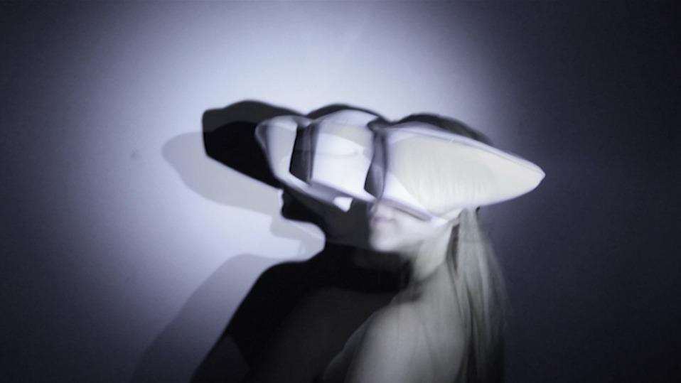 polymelia-polyeyes-vr-headset-21