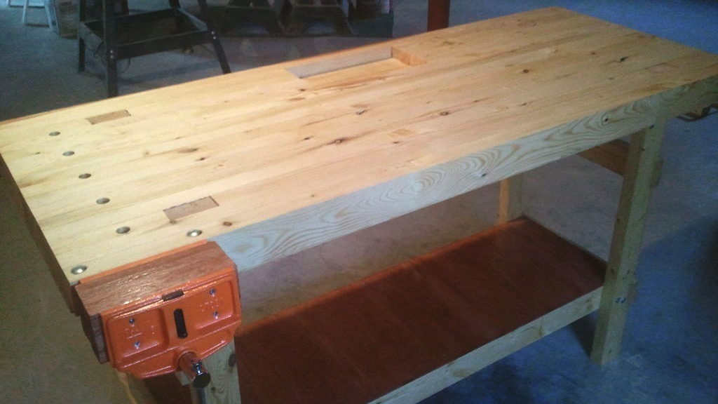 Build A 100% 2x4 Workbench With This Simple Instructable ...