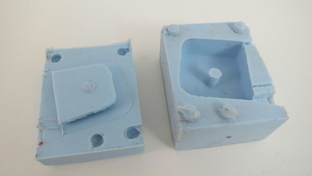 two-part-silicon-mold-eric-strebel-04b