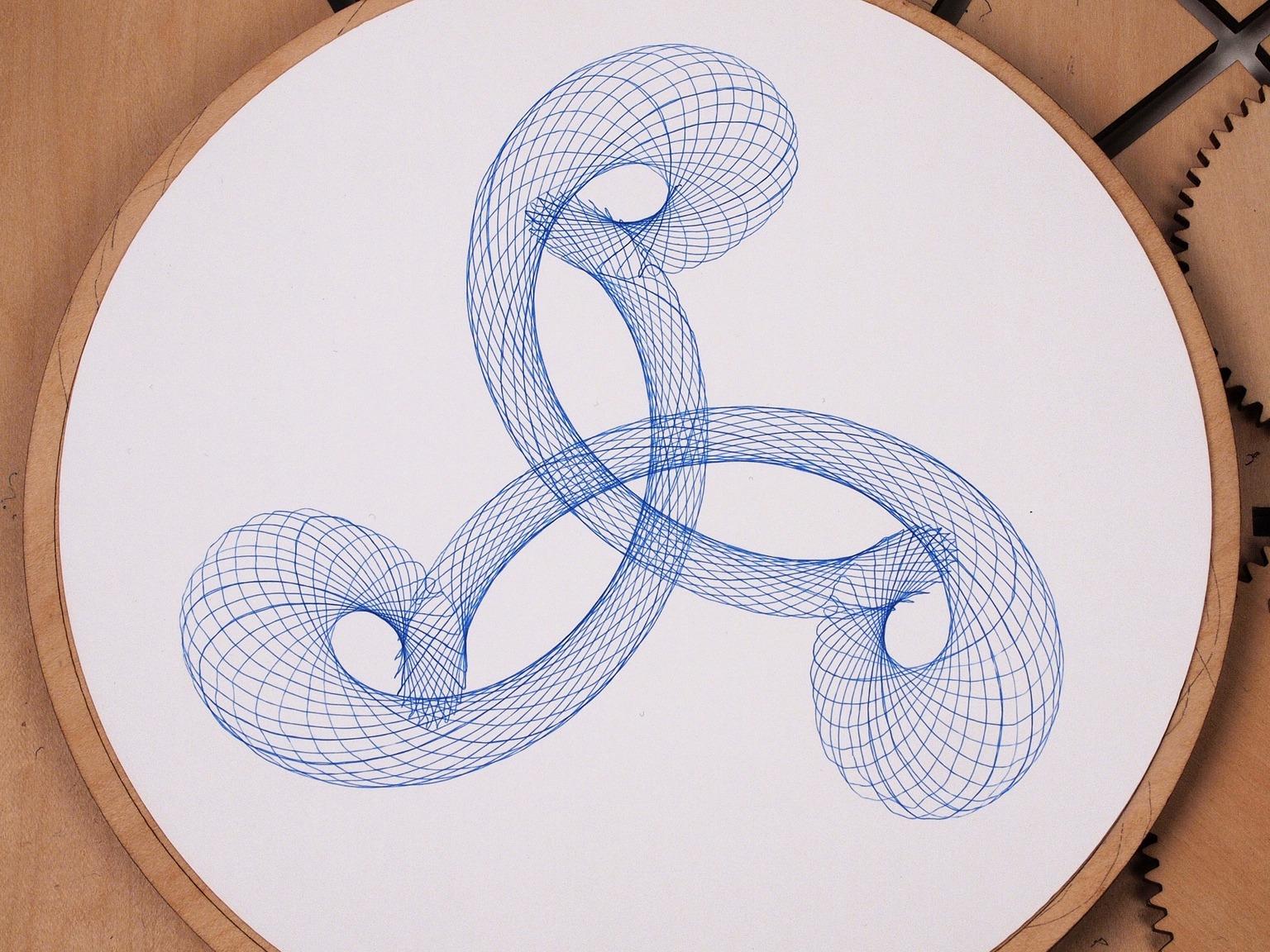 wood-cycloid-drawing-machine-01