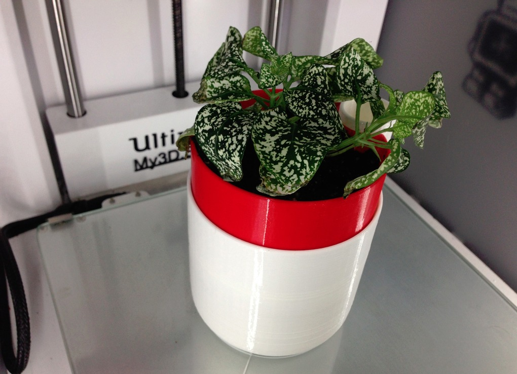 3d-printed-self-watering-planter-04