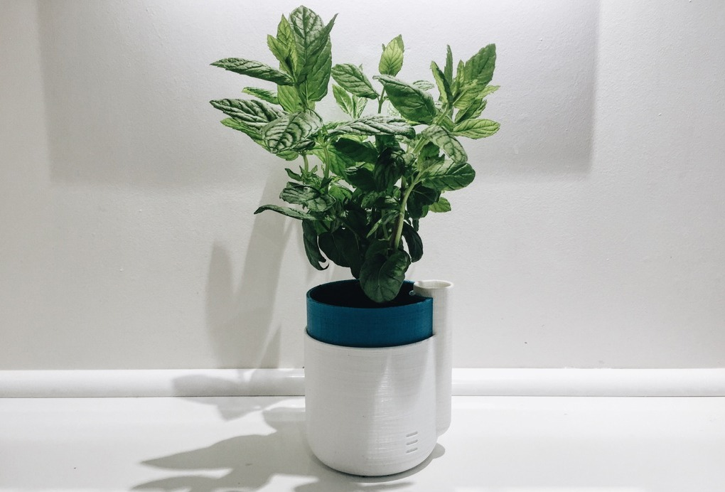 3d-printed-self-watering-planter-05