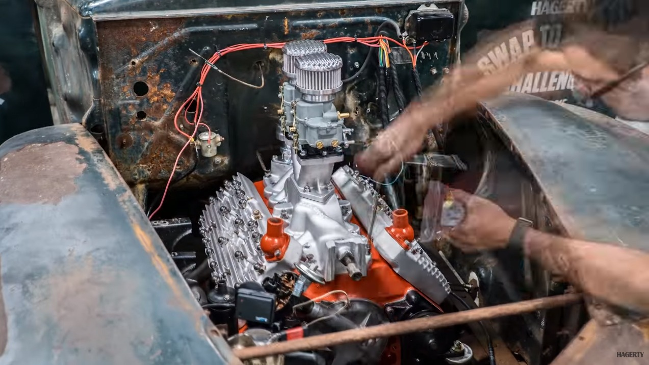 watch this incredible time lapse of a flathead ford v 8 rebuild solidsmack. Black Bedroom Furniture Sets. Home Design Ideas
