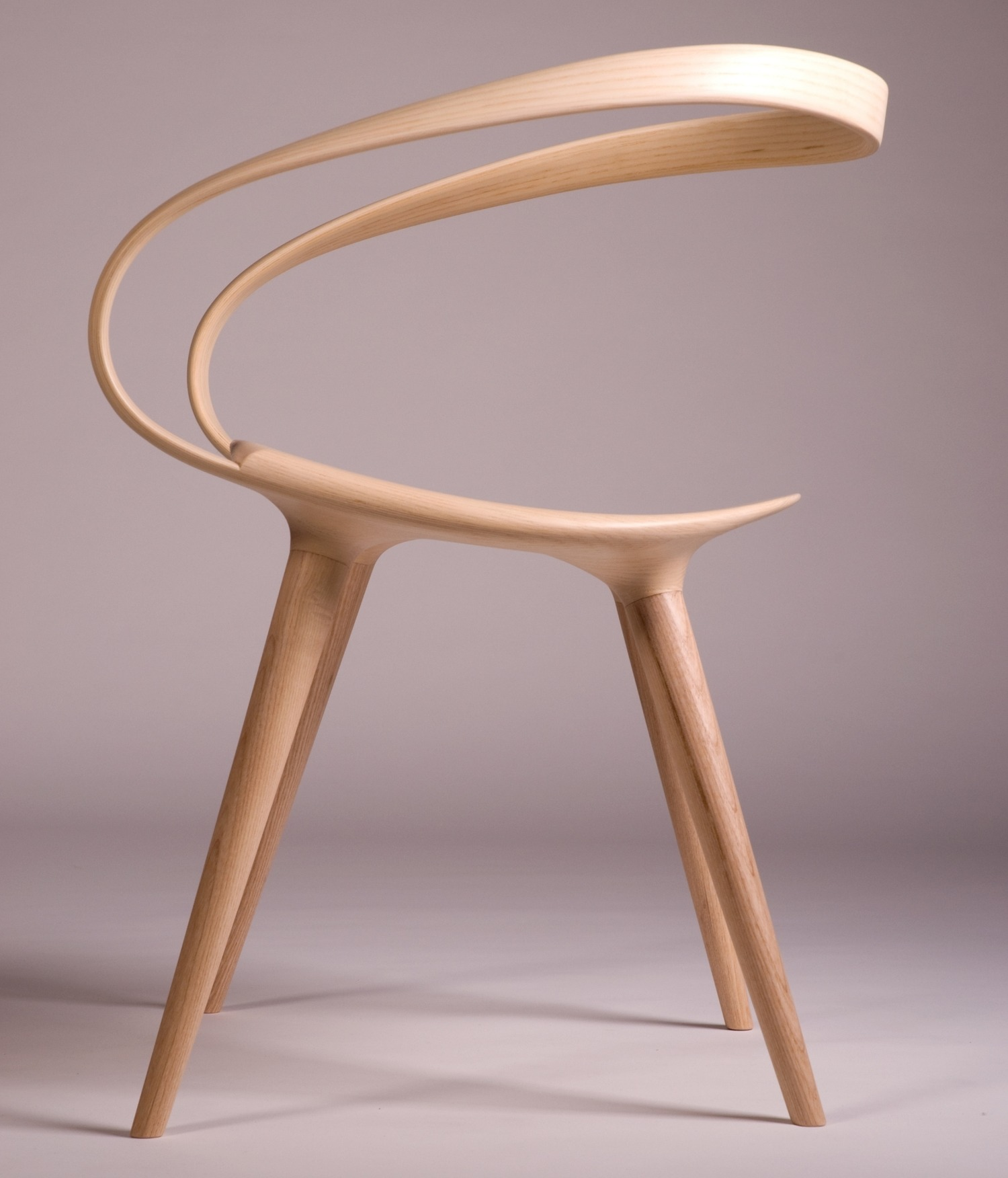 Bent Plywood Chair - 02 velo side