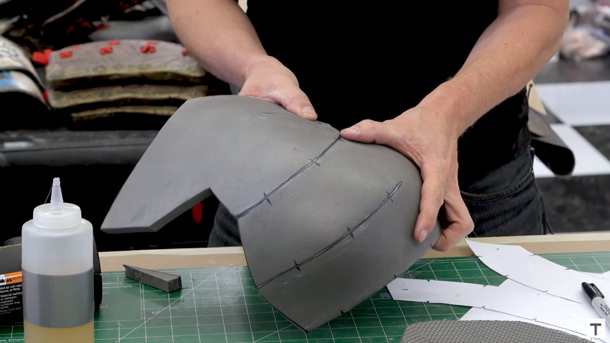 How to Make a Cosplay Helmet from EVA Foam in 5 Simple Steps