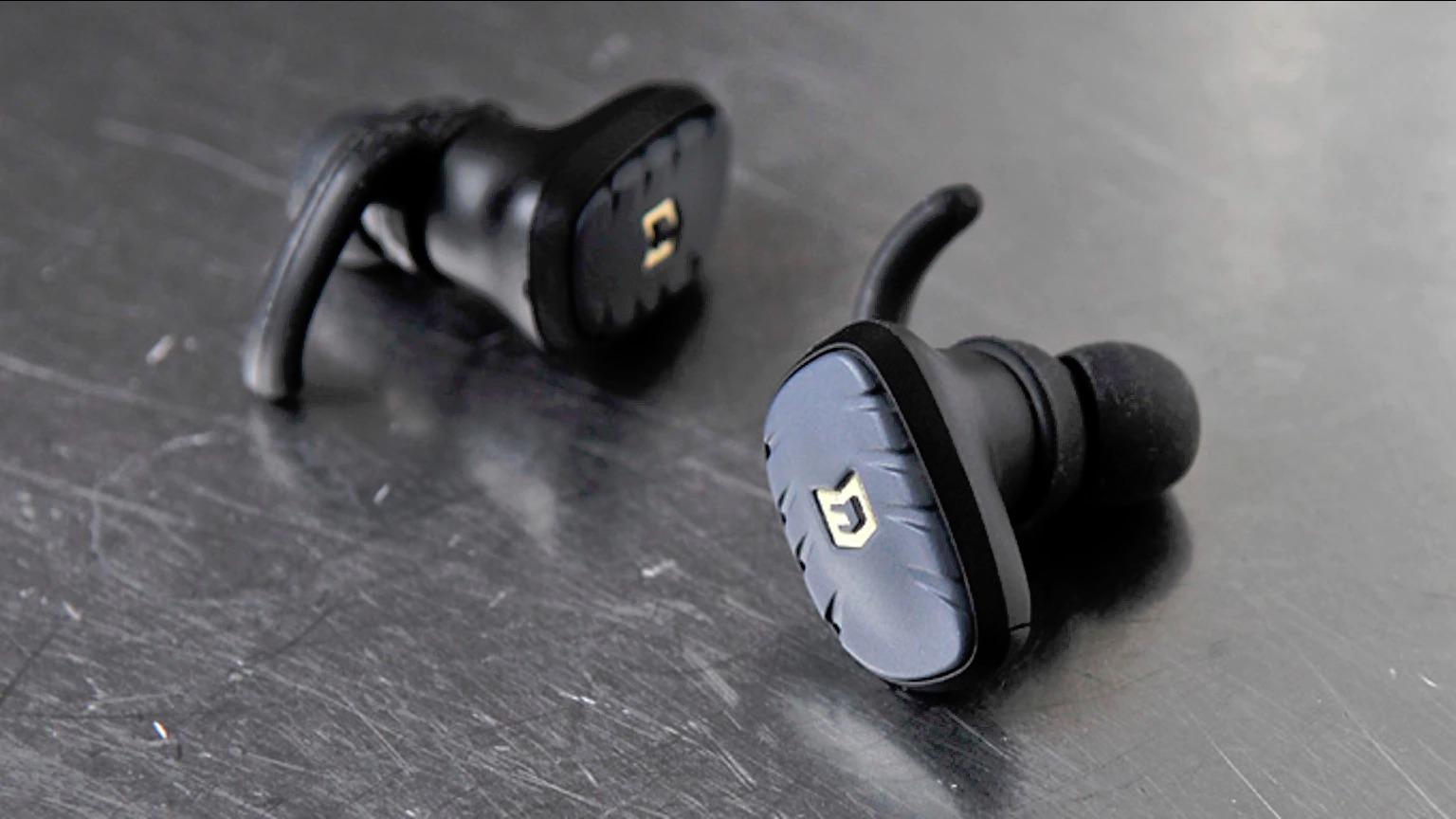 elwyn-fit-wireless-earbuds-design-00