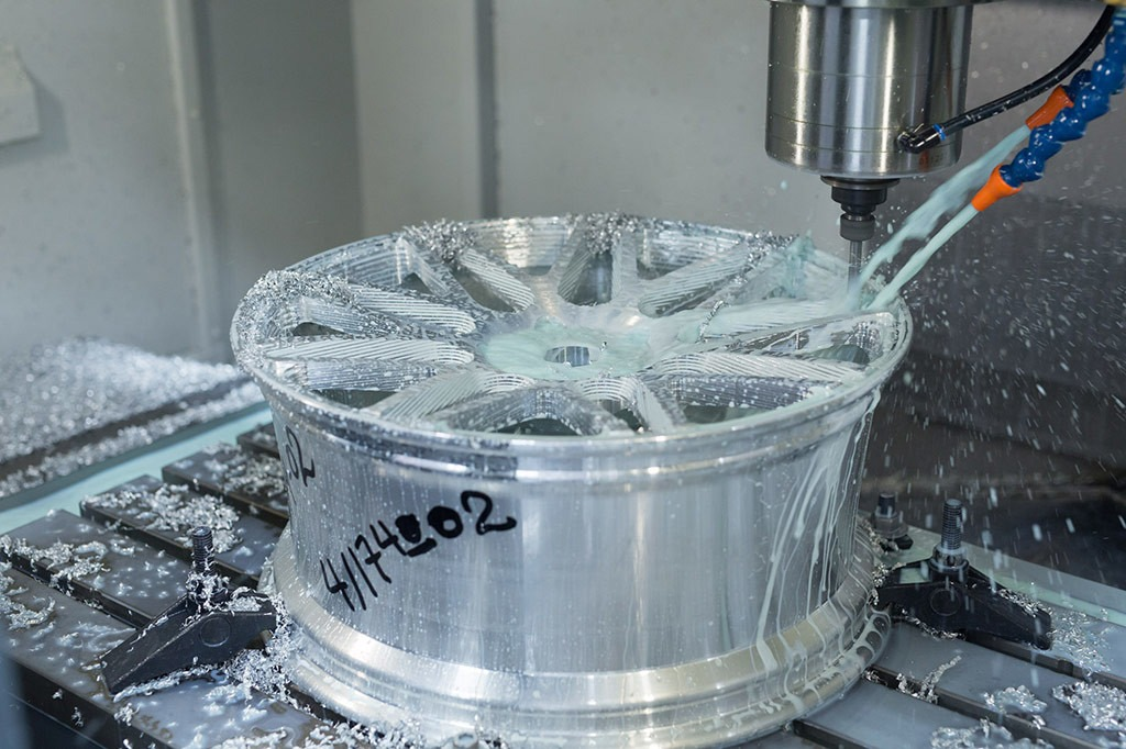 Vossen then uses the CAD data to create a CAM model, which is then used by a CNC machine to manufacture the wheel.