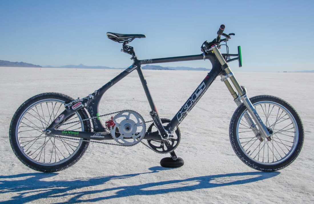 Denise-Mueller-Sets-New-Bicycle-Speed-Record-01