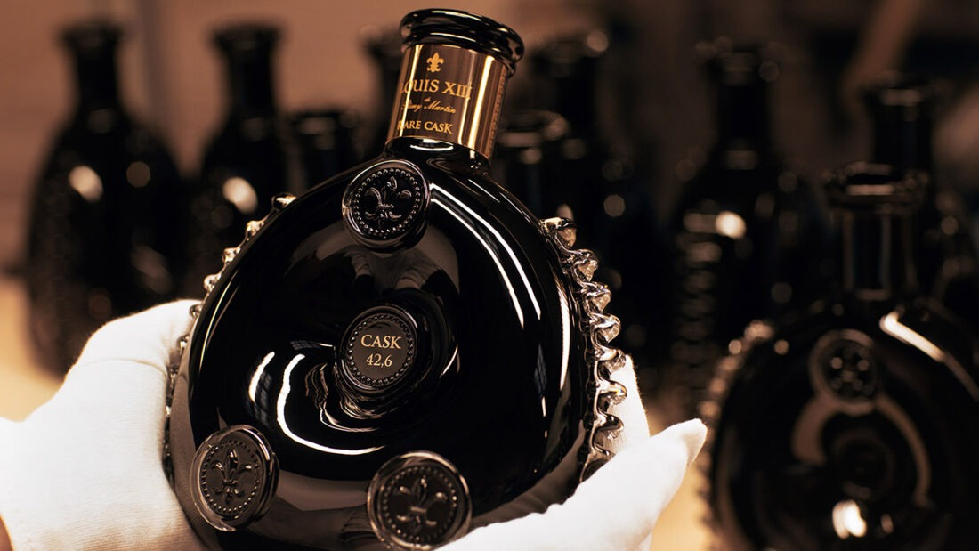 LOUIS-XIII-decanter-rare-cask-making-of-00