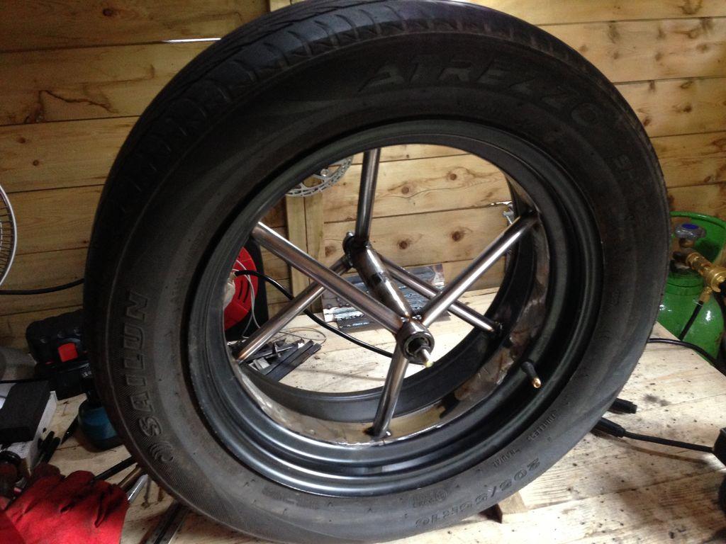 The totally proper, super slick spoke/rim design for the fat tire bike.