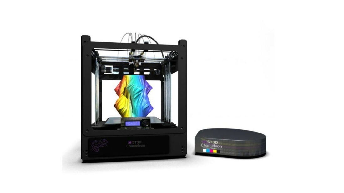 Something3D's new Chameleon 3D printer features full-color RGB prints by combining several different filaments into many different color combinations.