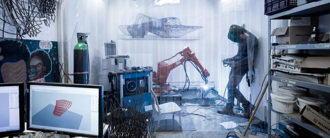 mx3d-3d-metal-printing-robot-technology-autodesk-lenovo-03