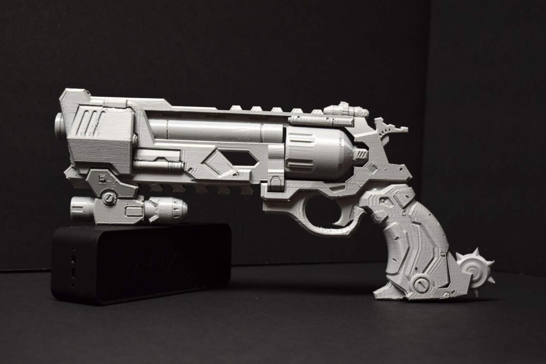 overwatch-mccree-blackwatch-peacekeeper-pistol-3d-print-01