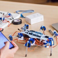 If You Want to Build a Hexapod, You'll Want to Get a Stemi.