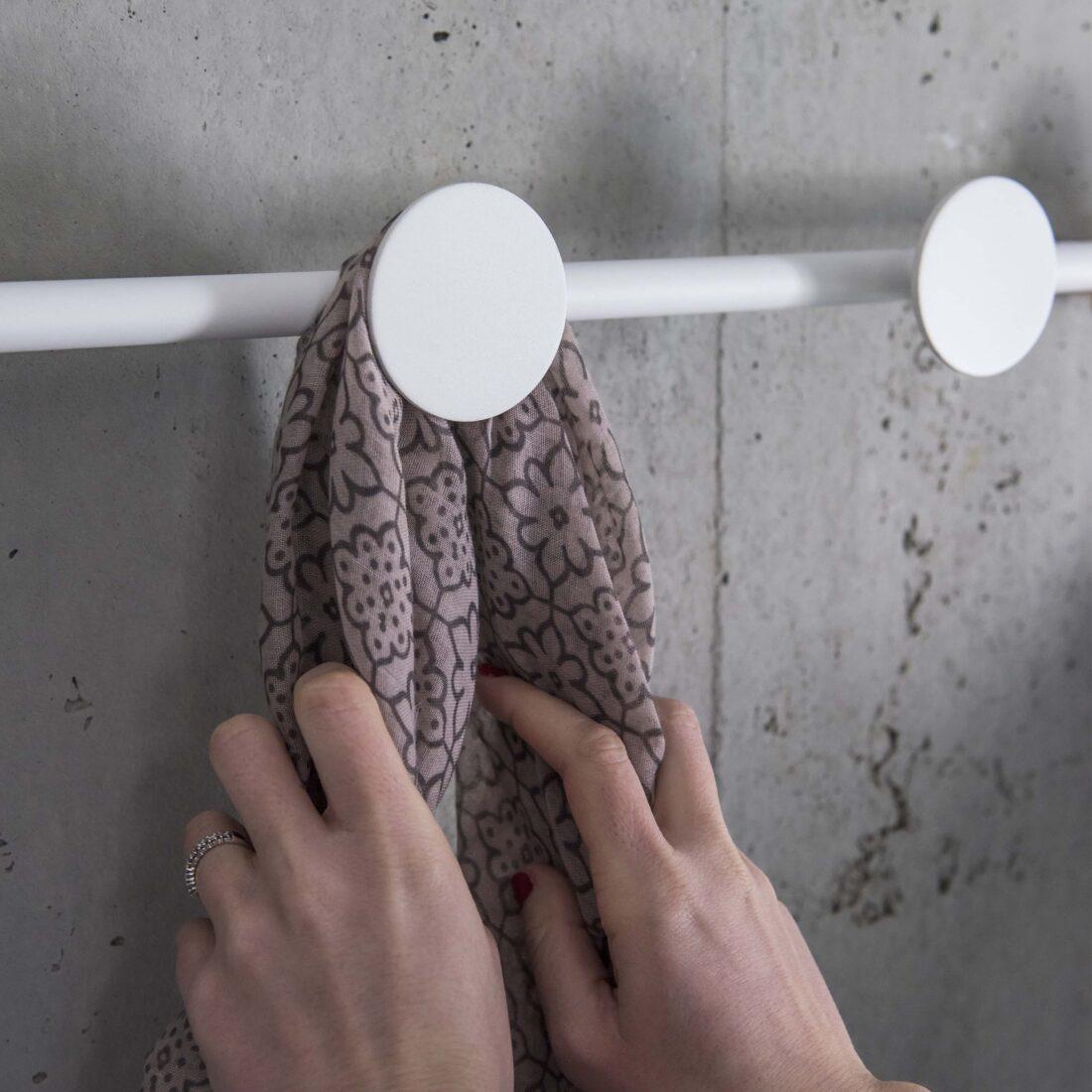 HAN LED light and hanger