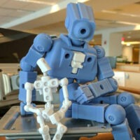 Model of the Week: RevoFrame Chassis System [Giant Robot Building Time!]