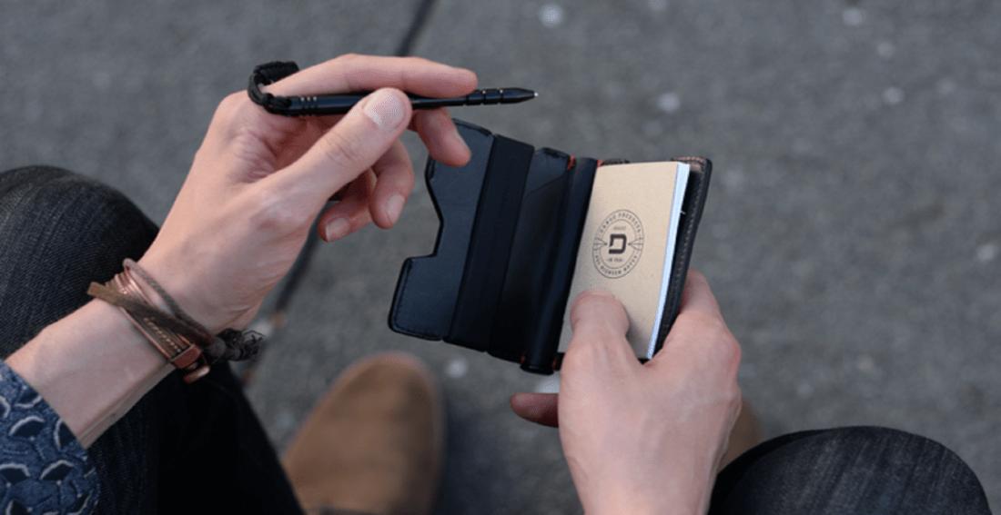 P01 Pioneer Bifold Wallet & Pen