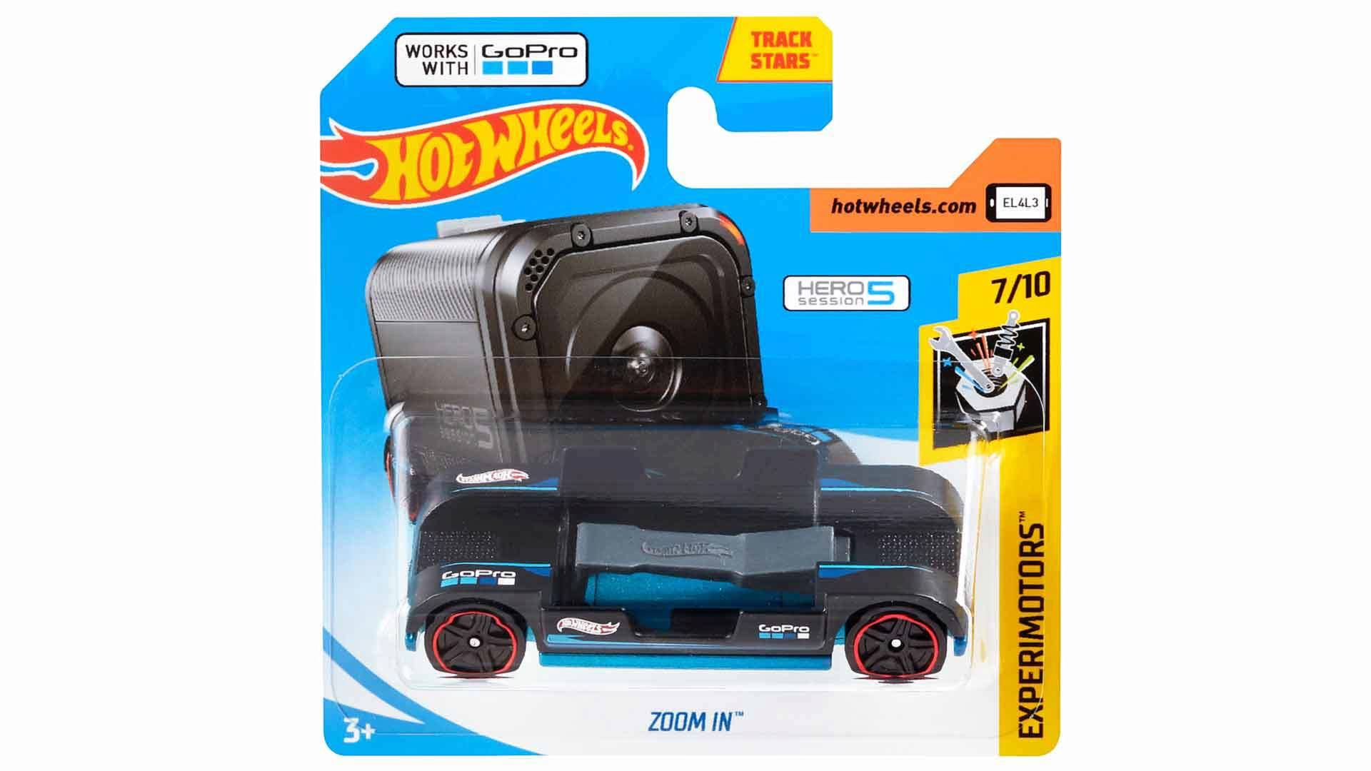 Hot Wheels Zoom In