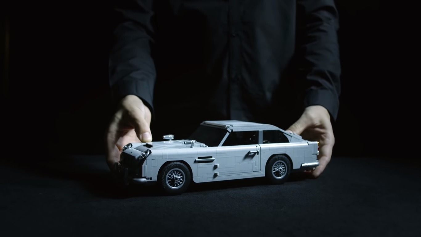 The Lego James Bond Aston Martin Db5 Is Pure Awesomeness