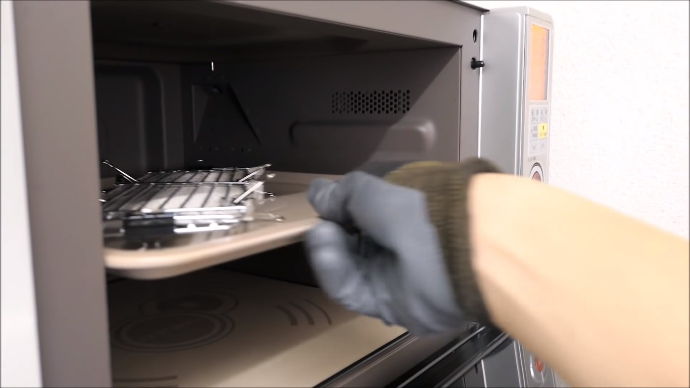 Cardboard Knife