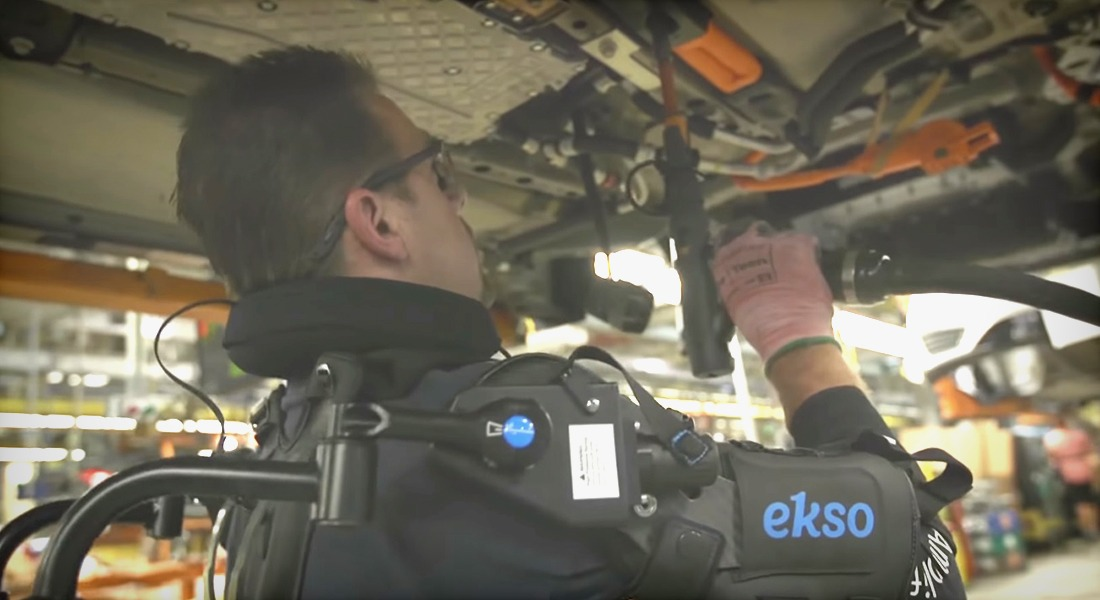 Ford Employees Are Now Using Exoskeletons in Car Assembly