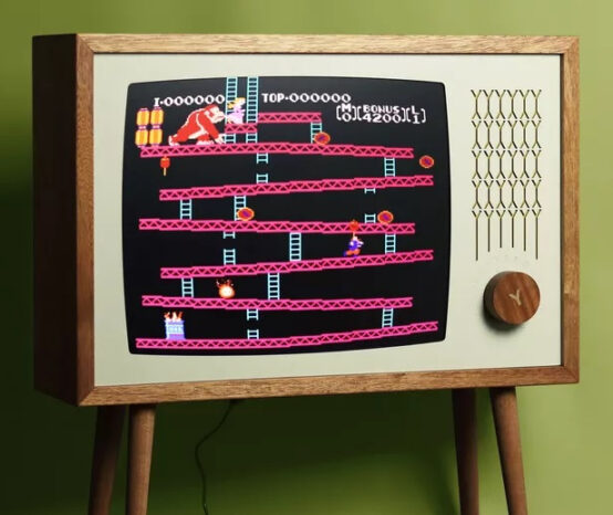 Love Hultén's Latest Build Puts HD Retro Gaming Into a Handmade Vintage TV Cabinet