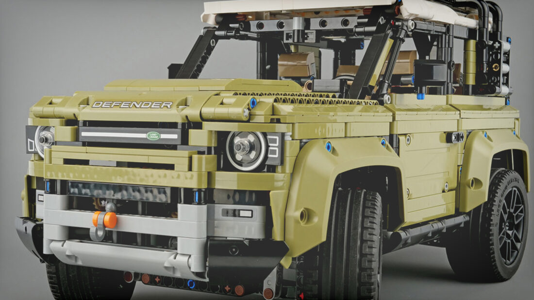 LEGO's New Technic Land Rover Defender Features a Crazy-Sophisticated Gearbox