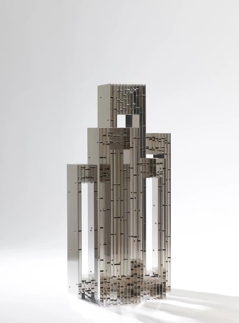 HyukJoon Choi reflective furniture