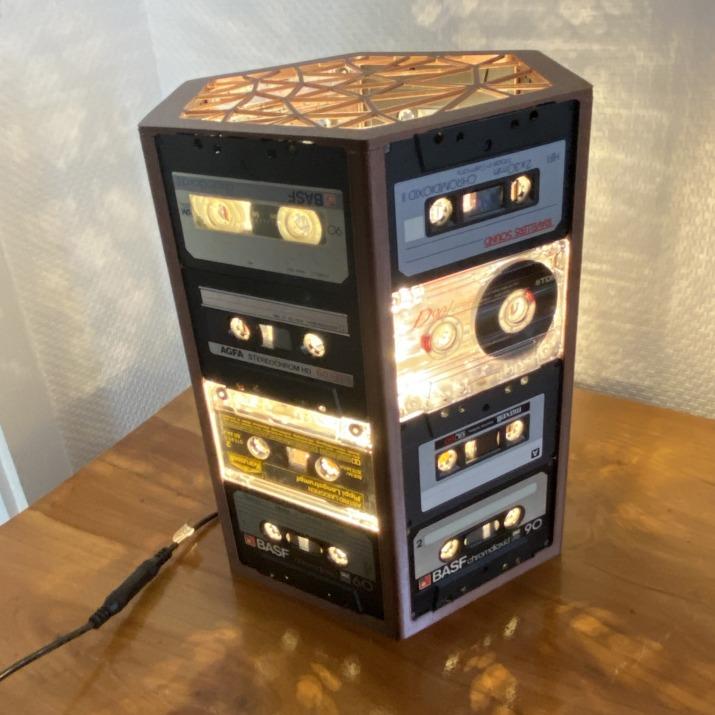 3D printed cassette lamp