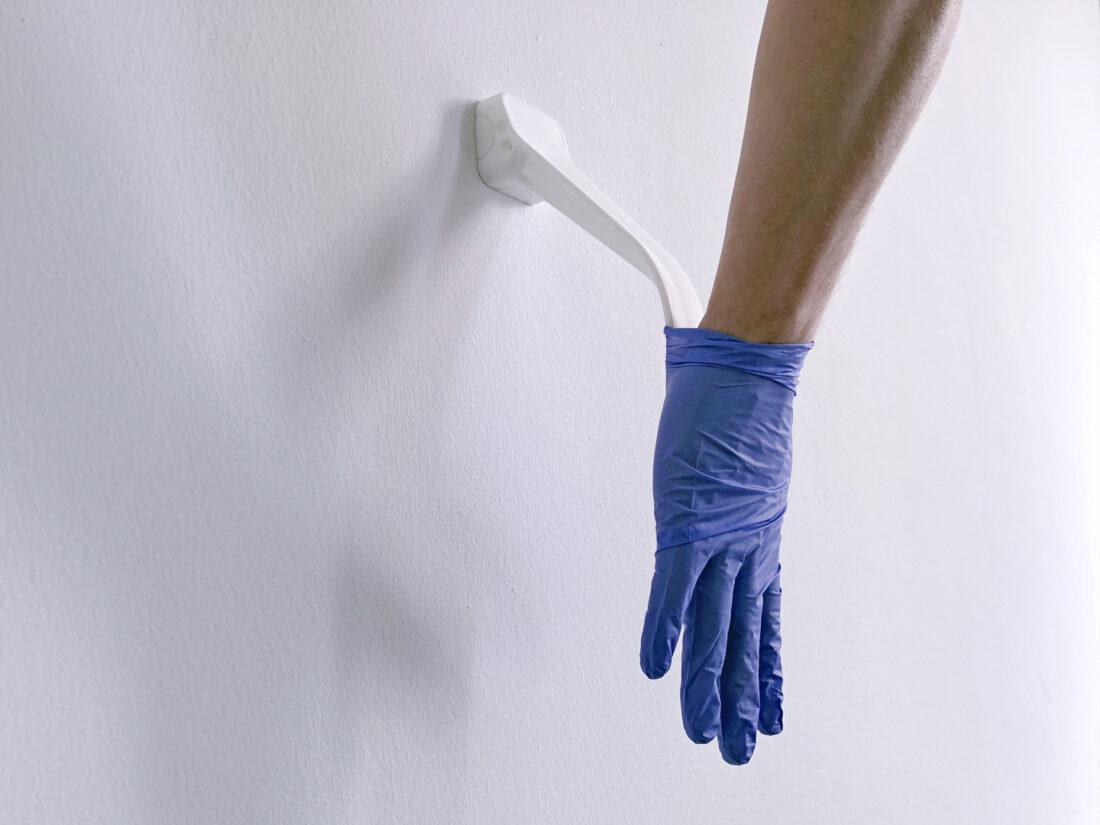 glove remover