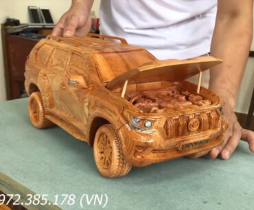 land cruiser wood carving