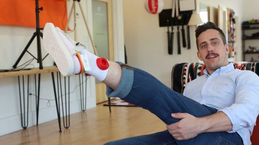 airtag socks